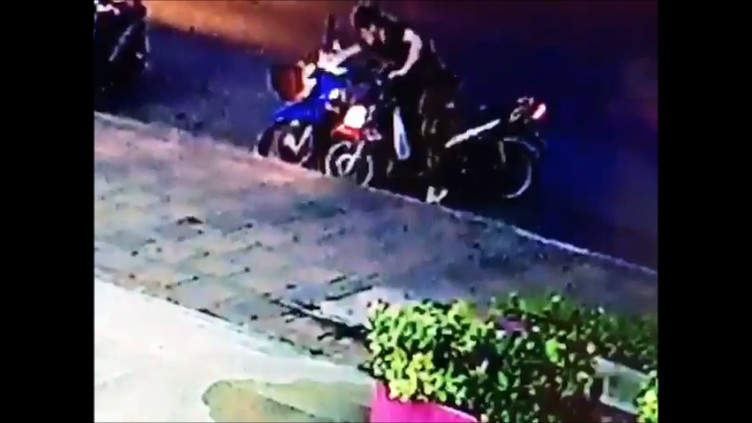 "Police are looking for a ""good-looking guy"" who stole a wallet left in a motorbike basket by a Pattaya waitress."