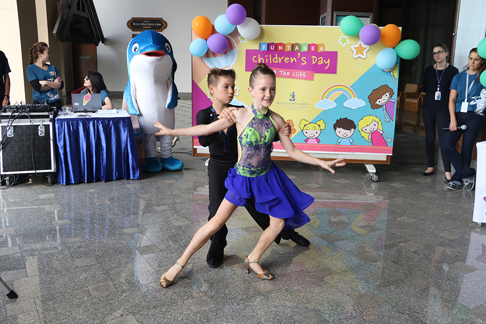 "Special dance performance from talented dancers of Let's Dance Studio - Pattaya at Royal Cliff's ""Funtasea Children's Day@ the Cliff"" event."