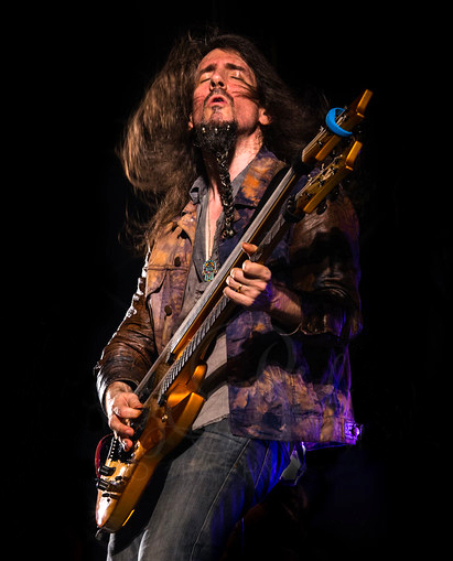 Art of Anarchy guitarist Ron 'Bumblefoot' Thal performs at The Venue in Pattaya. (Photo/Harpic Bryant/Breezeridge Photography)