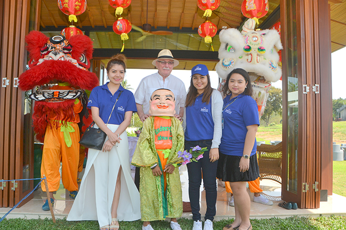 Chris Delaney, managing director for Sunplay Bangsaray Property Co., opened the three-day open house Jan. 28 at the company's showroom about 20 minutes south of Pattaya on Sukhumvit Road.