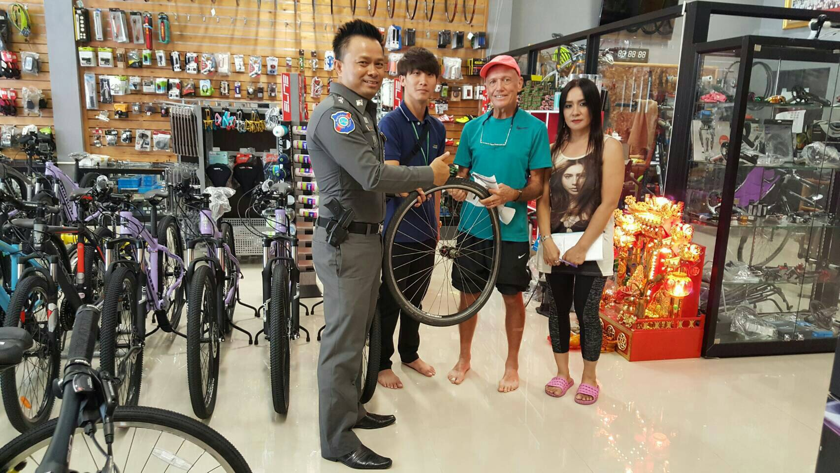 Australian Rodney Arthur Ellis was happy to get his bike repaired thanks to Pattaya's Tourist Police.