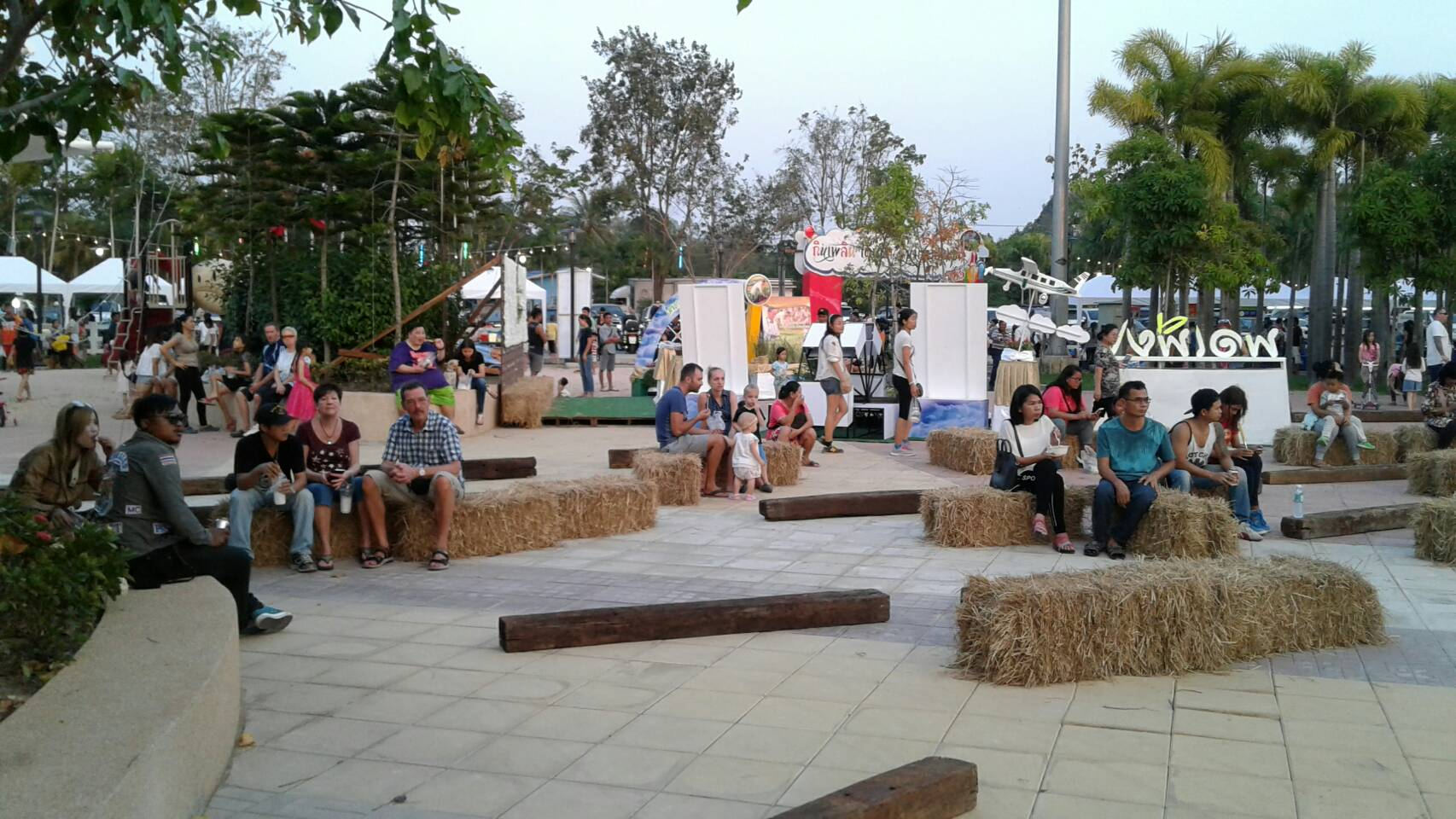 """Homemade food, locally made goods and entertainment are featured at a new """"open market"""" in Pong Sub-district every weekend through September."""
