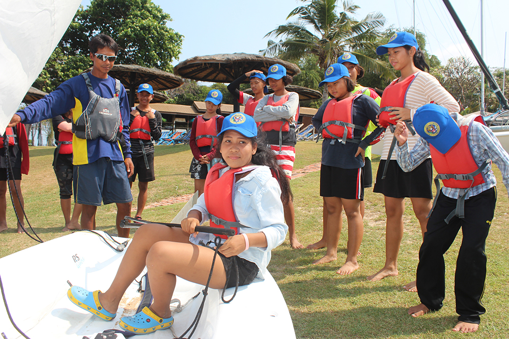 Students participated in land based lessons before heading out to sea.