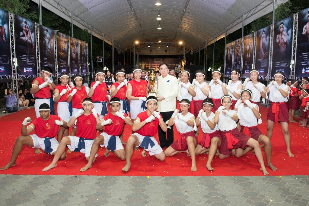 Thailand News 28-03-17 1 NNT Culture Ministry to promote Thai food, boxing and films 1JPG
