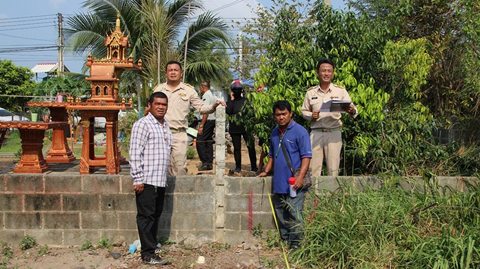 Three years after a complaint was first filed, Nong Plalai officials took measurements to confirm the documents and then began dismantling the illegal structure.