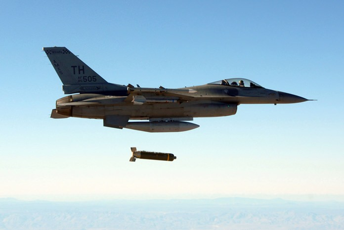 USAF aircraft struck pro-Syrian government forces on Thursday, May 18. (AP Photo)