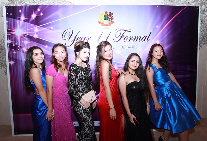 The Year 11 students from GIS looked elegant in ball gowns.