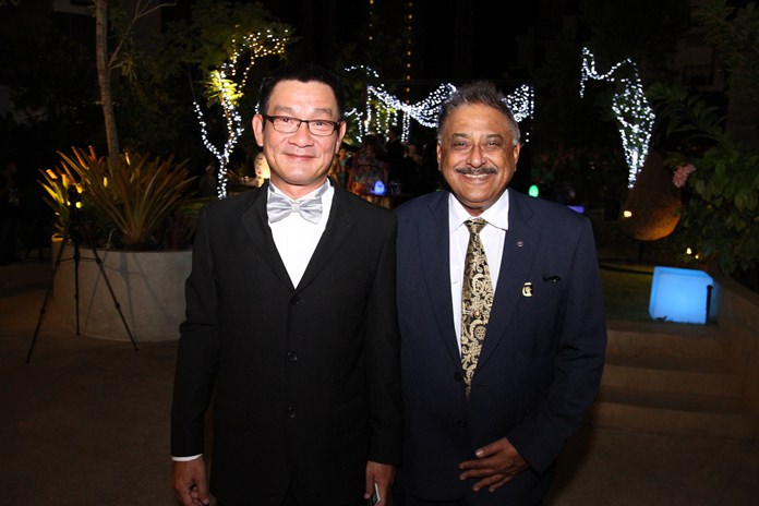 Centra Maris Resort General Manager Chaiphun Thongsuthum with Peter Malhotra, MD of Pattaya Mail Media Group.