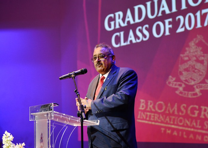 Guest of honour, Pattaya Mail Media Group MD Peter Malhotra, called on the graduating students to consider their future career paths wisely, and take up every opportunity granted to them as they journey towards adulthood.