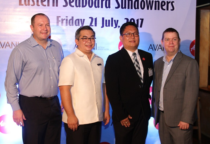 (l to r) Wayne Williams, Senior Vice President Finance, Minor Hotel Group; Captain Lakanarangson, Air Asia; Terapan Chuaprasert, Executive Assistant Manager AVANI Pattaya Resort & Spa; Brendan Cunningham, Executive Director Australian Thai Chamber of Commerce.