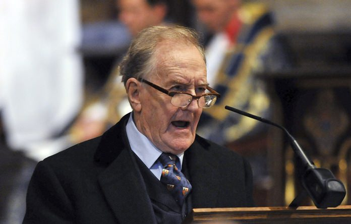 Robert Hardy, star of All Creatures Great and Small and the Harry Potter films is shown in this Oct. 29, 2015 file photo. (Nick Ansell/PA File via AP)