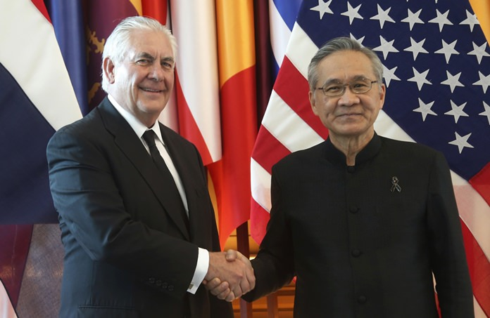 U.S. Secretary of State Rex Tillerson, left, and Thai Foreign Minister Don Pramudwinai pose for a photograph during meeting at the Foreign Ministry in Bangkok, Tuesday, Aug. 8, 2017. (AP Photo/Sakchai Lalit)
