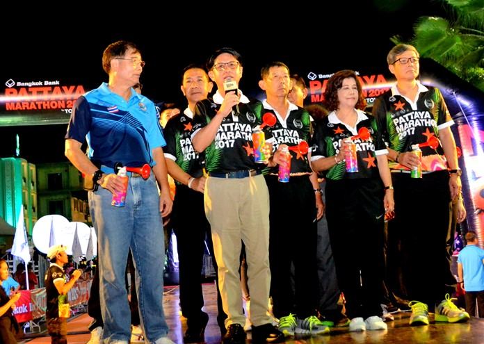 Pattaya mayor Maj. Gen. Anan Charoengchasri and Chonburi governor Pakaratorn Tienchai were among the VIPs on hand to set the athletes on their way.