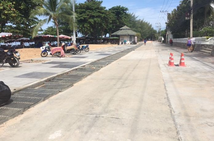 This is an extremely hot area for pedestrians to walk through to the beach. Trees and beach have disappeared under tiles and concrete.