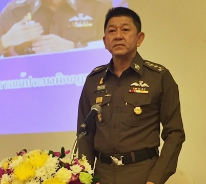 Pol. Lt. Gen. Jaruwat Waisaya, commissioner of the Office of Legal Affairs and Litigation, chairs the second Royal Thai Police seminar on their online database to combat illegal practices and human trafficking in the fishing industry.