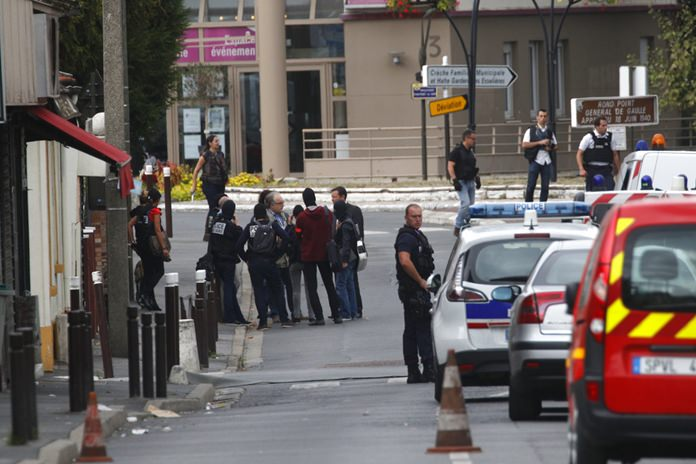 Suspected bomb lab found near Paris, two arrested