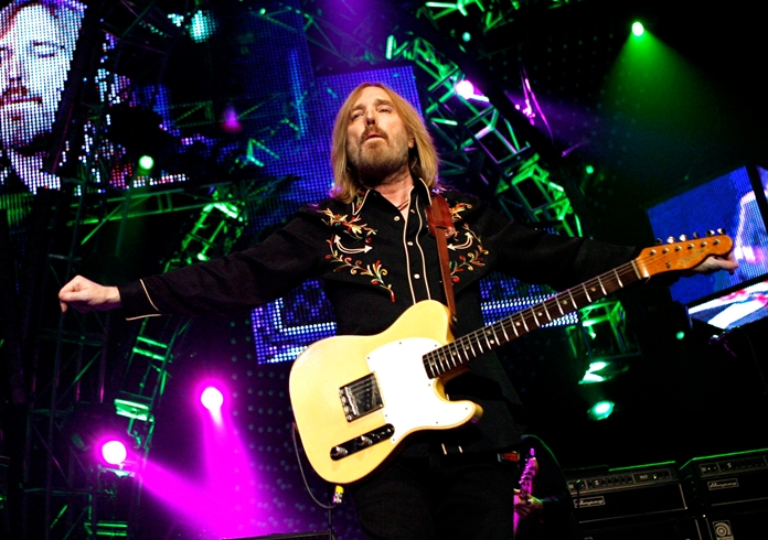 In this June 17, 2008 file photo, Tom Petty performs with The Heartbreakers at Madison Square Garden in New York. (AP Photo/Jason DeCrow)