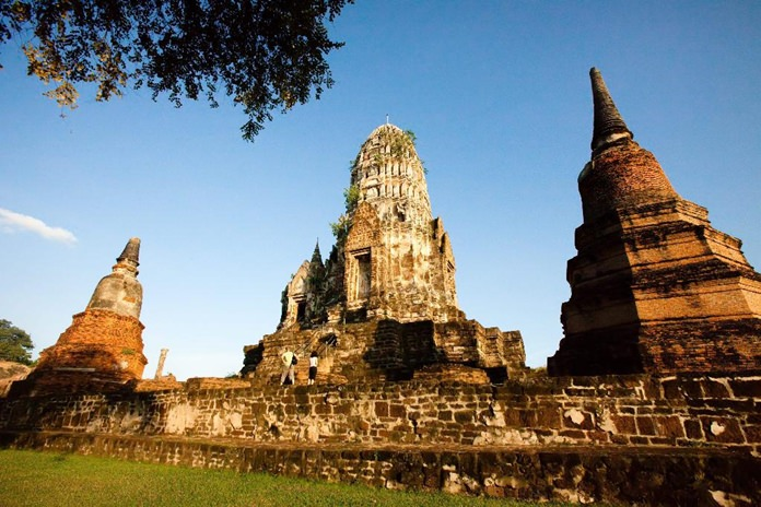 Ayutthaya's famous archeological ruins will be illuminated at night-time in a new scheme set to be unveiled in early 2018. (Photo/TAT)