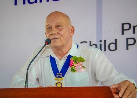 Jan Abbink, Vice President/Secretary, Rotary Club Eastern Seaboard gives a welcoming speech.