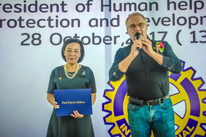 Before the show, Germany's Ewald Dietrich, founder and president of the Human Help Network, shown here with HHN Thailand Director Radchada Chomjinda, was awarded the Rotary's Paul Harris Fellowship for his worldwide social work.