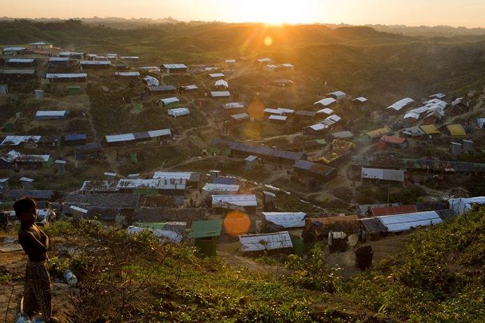 A view of the Hakim Para camp of Rohingya refugees in Ukhiya, Bangladesh, Monday, Nov. 13. (AP Photo/A.M. Ahad)