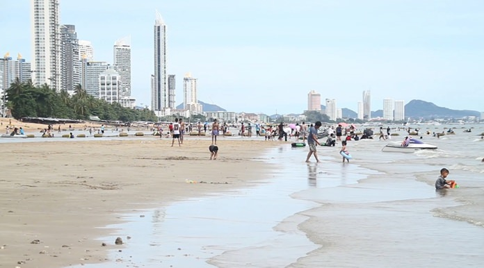 Pattaya tourism officials say high season is off to a good start, with visitors increasingly shunning package tours.