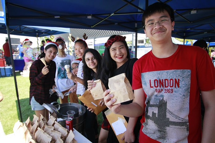 IB students sold ice-cream and popcorn at the fair.