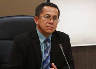 Education Department chief Napisitcha Na Nakorn organized a meeting to map out details of the Jan. 13 Children's Day and Jan. 16 Teacher's Day.