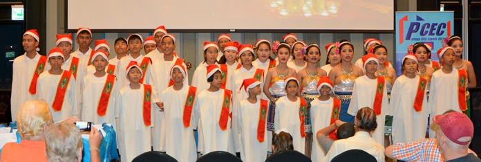 It was a very enthusiastic, standing room only, audience that gathered at the PCEC meeting to hear the delightful voices of the Pattaya Orphanage Choir as they entertained them with several traditional Christmas Carols.