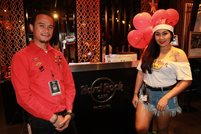 It's 'Jingle Bell Time, What a Swell Time' at Hard Rock Pattaya's rockin' Christmas celebration.