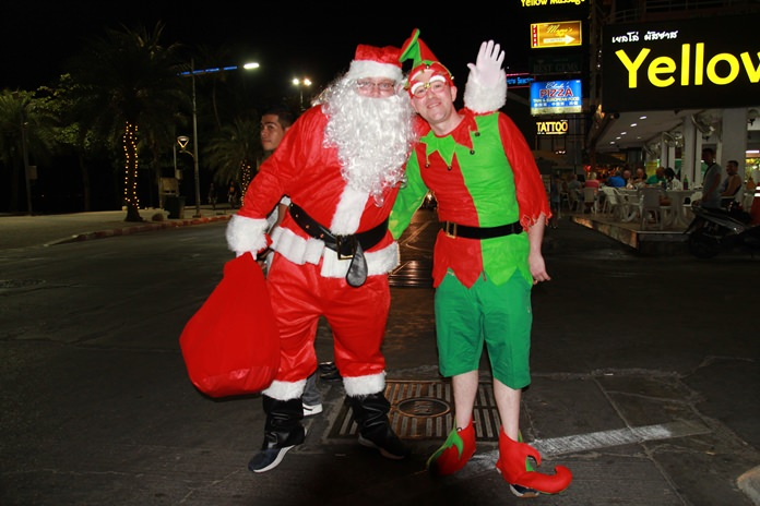 Santa and his elf were caught on camera making deliveries on Central Pattaya Road.