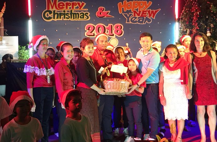 Diana Group MD Sopin Thappajug leads Christmas Eve festivities at the Diana Garden Resort.