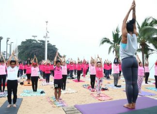 About 200 people did yoga on Jomtien Beach to raise awareness of the country's new beachfront smoking ban.