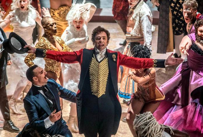 'The Greatest Showman' swings to top of Billboard 200…