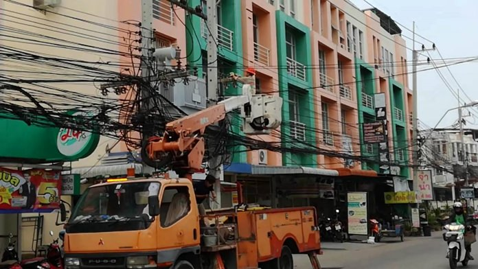 The Provincial Electricity Authority turned the lights back on for Soi Korphai residents afflicted with power outages following damage to a transformer.