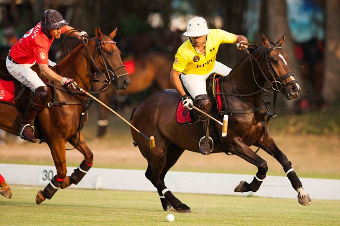 Axus and Royal Pahang do battle in the final of the Thai Polo Open.