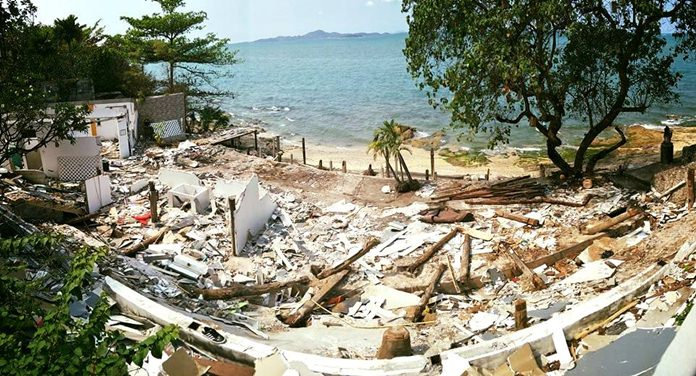 It took 15 months, but Pattaya finally had the illegally built Bali Hai Sunset restaurant demolished for encroaching on public land.