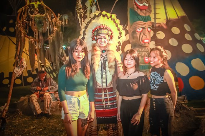 Red Indians welcomed spectators to their themed booth.