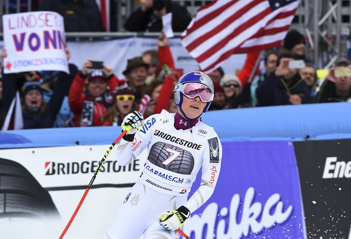 Lindsey Vonn notches 80th World Cup win