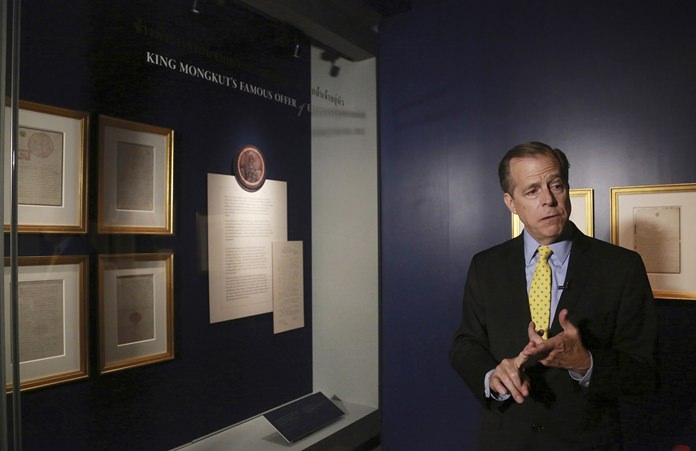 U.S. Ambassador to Thailand Glynn Davies talks to media in front of hand-written letters from U.S. President Abraham Lincoln and King Mongkut. (AP Photo/Sakchai Lalit)