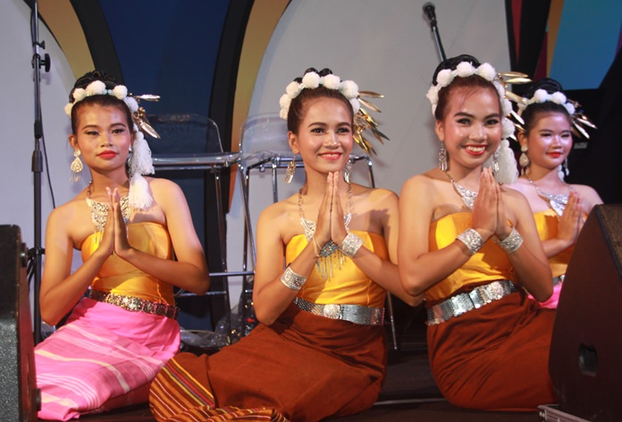 Thai Traditional dances attract a great crowd for the occasion.