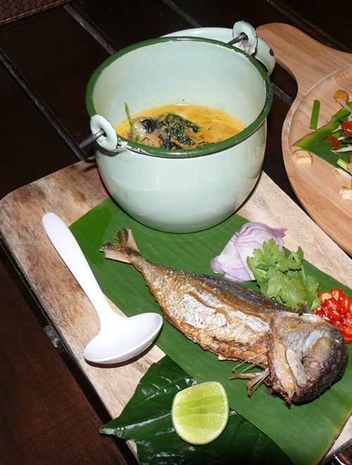 Mackerel in Thai curry.