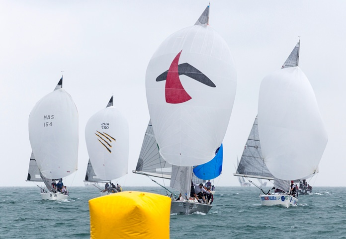 The Platu fleet race for honours in the Coronation Cup.