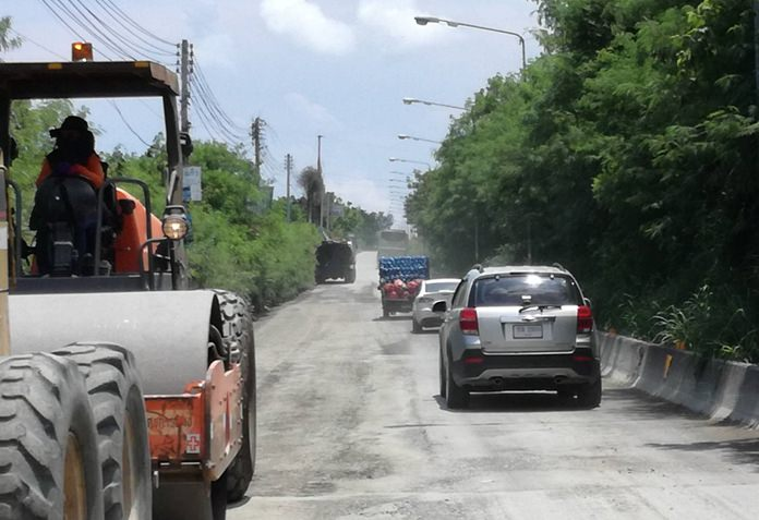 Motorists must bear with the potholes and dust for another 3 months before the railway road is put together again.