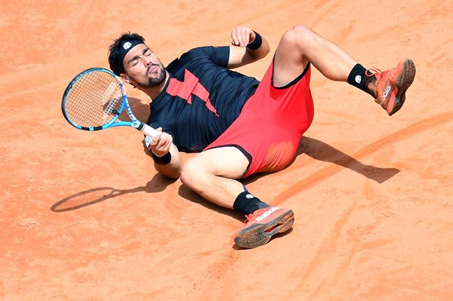 Fognini fires up Italian Open crowd with win over Thiem