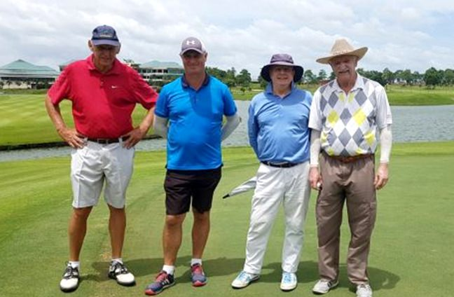 PSC golfers enjoy the day at Pattana Golf Club & Resort.