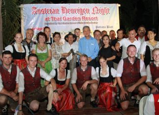 VIP guests join the Austrian troupe on stage at the end of a most entertaining Tirolian evening.