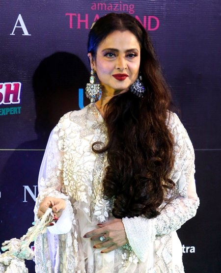Bollywood actress Rekha poses on the green carpet at 19th International Indian Film Academy (IIFA) awards in Bangkok, Sunday, June 24. (AP Photo/Sakchai Lalit)