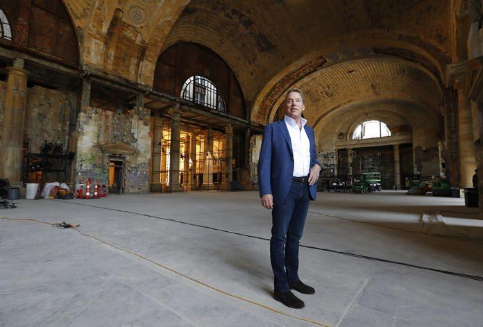 Bill Ford waiting for a train? (AP Photo/Paul Sancya)