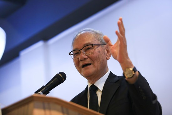 CDC Chairman Meechai Ruchuphan.
